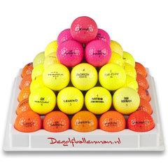 Golfballen gekleurd